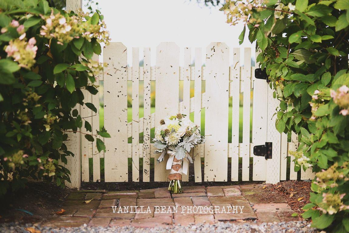 Vanilla Bean Photography Tasha and Tyler Enumclaw Wedding photographer (2)